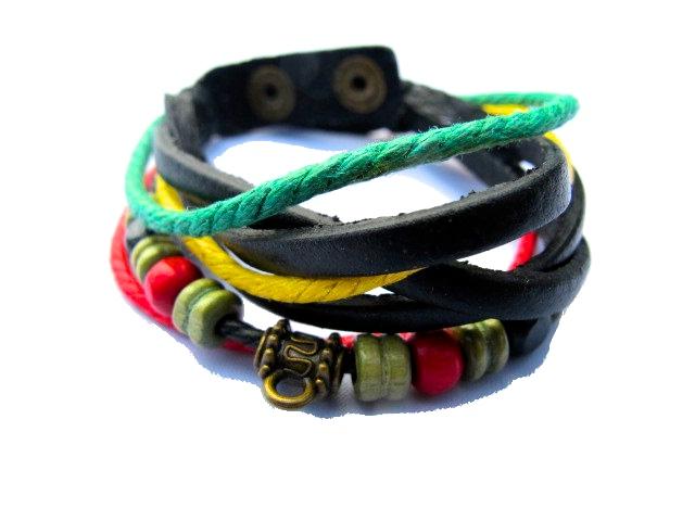 Rasta armband med pärlor