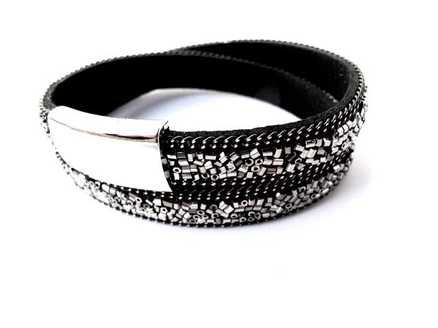 Svart dubbel armband med silverfärgade paljetter