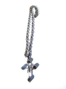 Kors halsband med påven