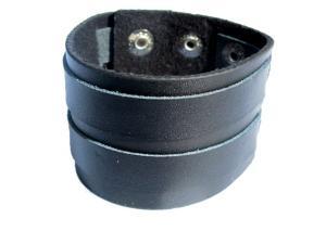 Svart läderarmband med silverfärgade knappar