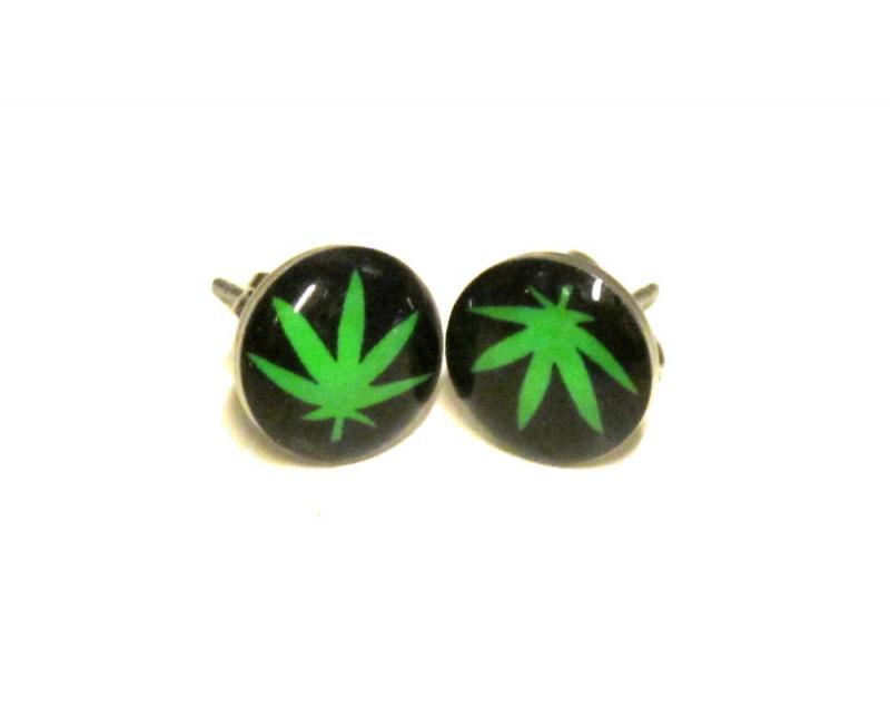Knappörhängen - Weed