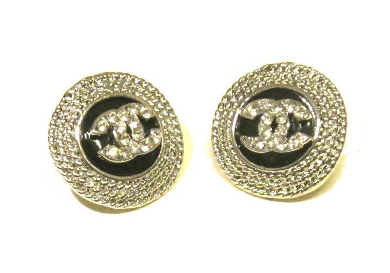 Chanel örhängen silver 1a8cb76082ca6