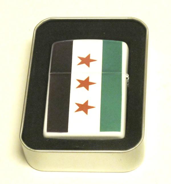 SYRIEN (GAMLA) FLAGGA-BENSINTÄNDARE