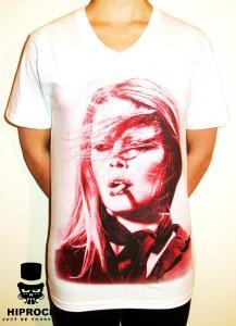 T-shirt - Smoking Girl