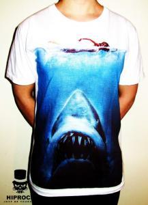 T-shirt - Shark Attack