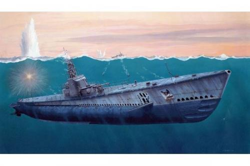 US Navy Gato Class Submarine, Limited Ed w PE 1/72