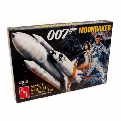 Moonraker Shuttle w/Boosters - James Bond 1/200