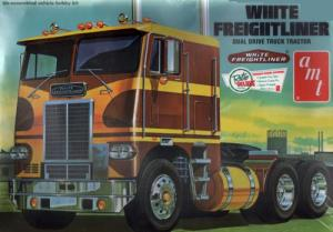 White Freightliner Dual Drive Truck Tractor 1/25