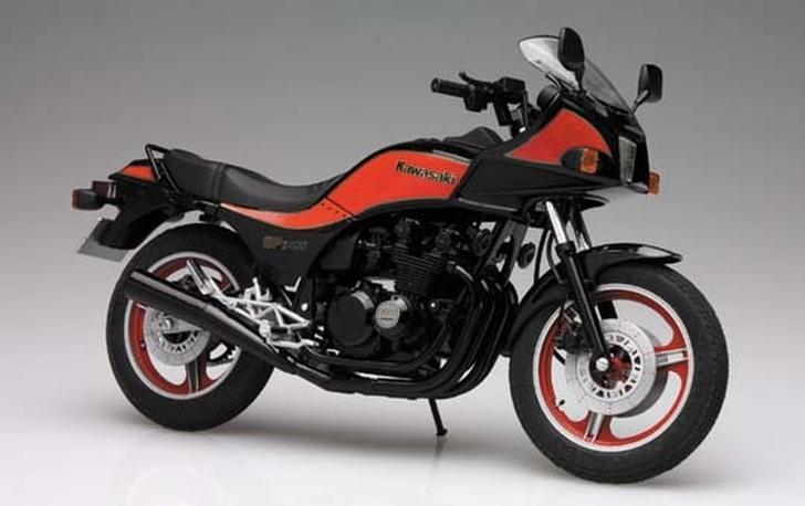 Kawasaki GPz400 1983 1/12