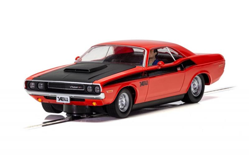 Dodge Challenger T/A - Red and Black 1/32