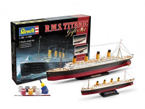 R.M.S. Titanic 1:700 & 1:1200
