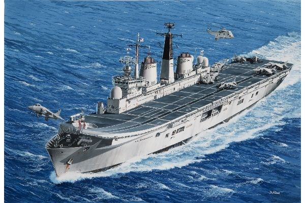 HMS INVINCIBLE (FALKLAND WAR) 1/700