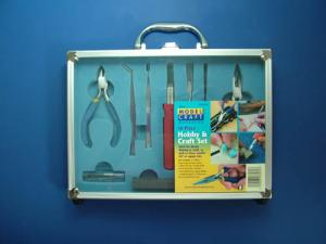 18 Pc Hobby and Craft Tool Set