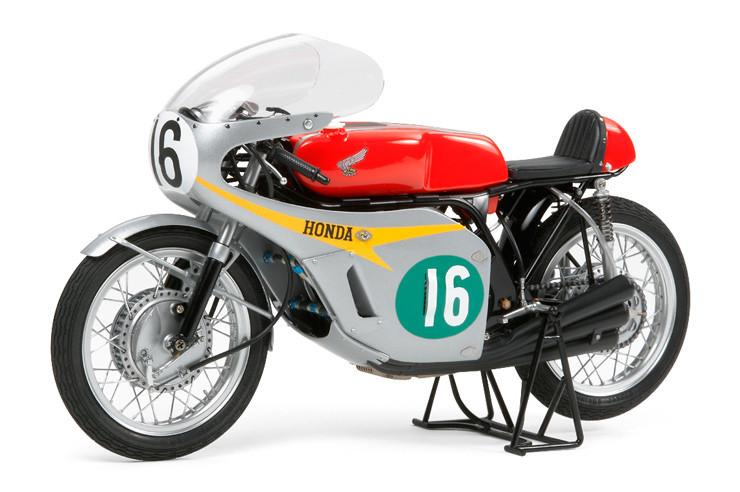 Honda RC166 GP Racer (1966 Winner) 1/12