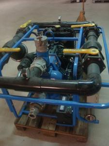 Dieselmotordriven vattenpump med digital flödesmätare