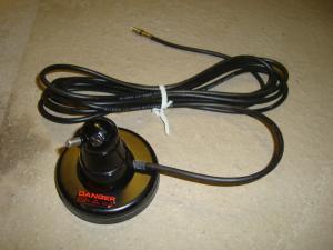 Antenn fäste magnetiskt med anslutningskabel!