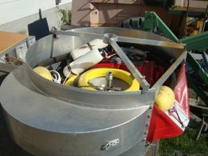 Flytande oljeuppsamlingsstation komplett med länsor o slang för vidarepumpning!
