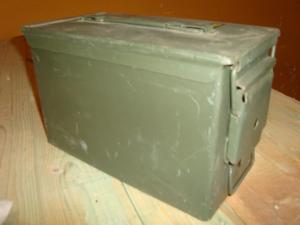Ammunitions låda Svenska försvaret !