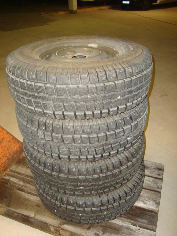 4 st kompletta hjul med cooper vinterdäck ! 265/75X16 NYTT  C däck