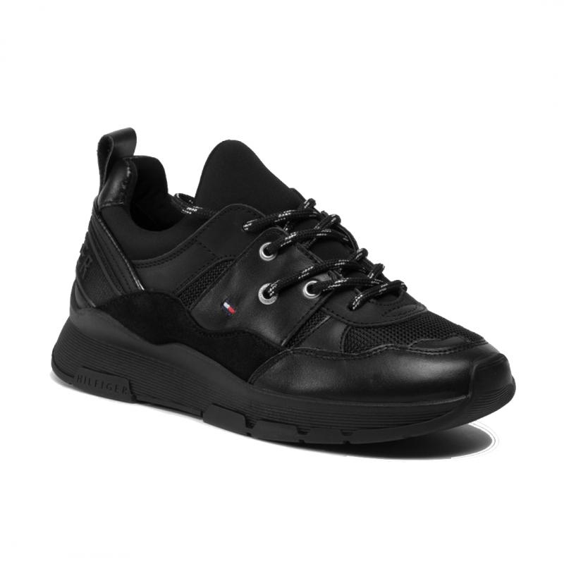 Sporty Chunky Sneaker