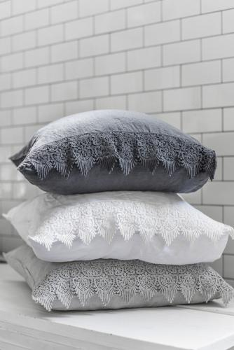 Lace pillow case 50*90 Grey