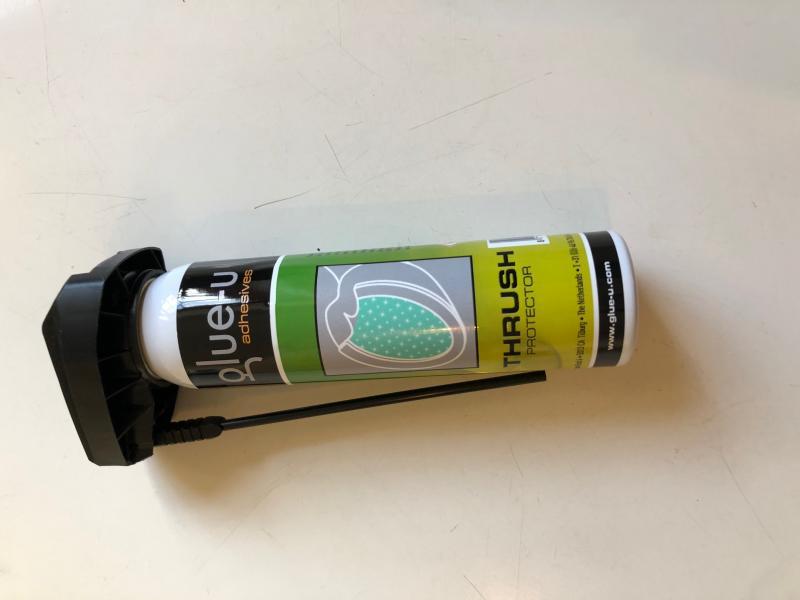 Glue-u Thrush protector spray