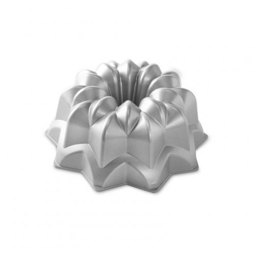 Nordic Ware Bakform Star Bundt