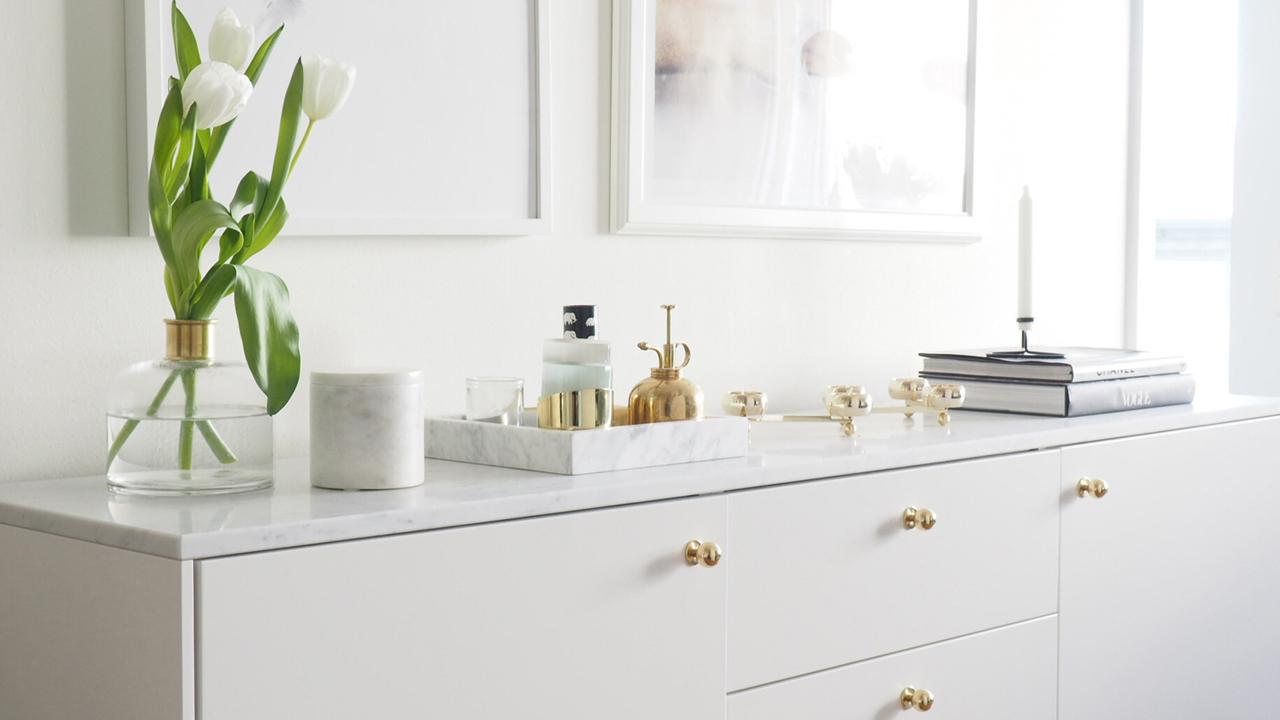 Bygg en personlig sideboard med stommar från Ikea!