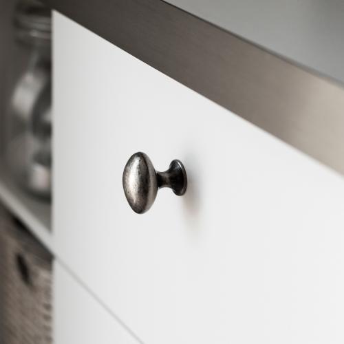 Oval knopp Svart antik Metall Lantlig design
