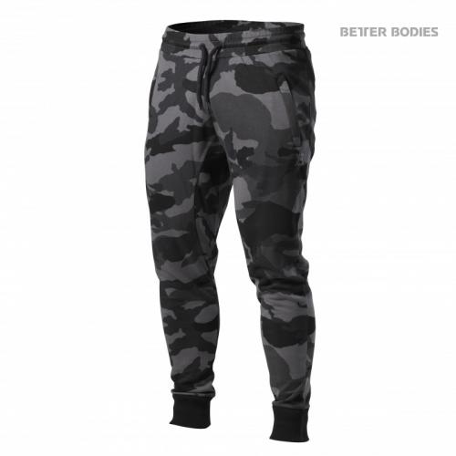 BETTER BODIES: TAPERED JOGGERS BYXOR - MÖRK CAMO