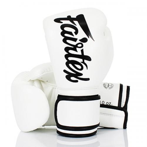 Fairtex boxningshandskar vit