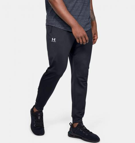 UNDER ARMOUR: MEN'S UA SPORTSTYLE TRICOT JOGGERS - SVART