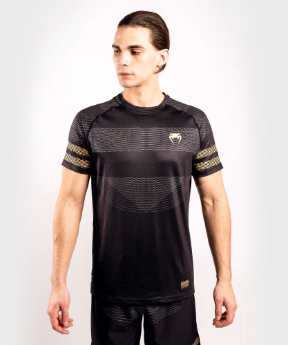 VENUM: CLUB 182 DRY TECH T-SHIRT - SVART/GULD
