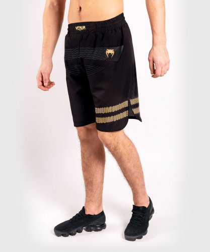 VENUM: CLUB 182 TRAINING SHORTS - SVART/GULD