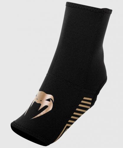 VENUM: KONTACT EVO FOOT GRIPS - SVART/GULD