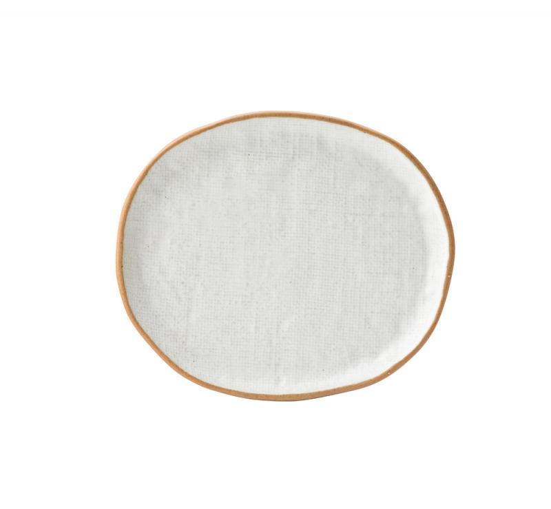"Hessian Plate 8.3"" x 7.2"" (21.3cm x 18.3cm)"