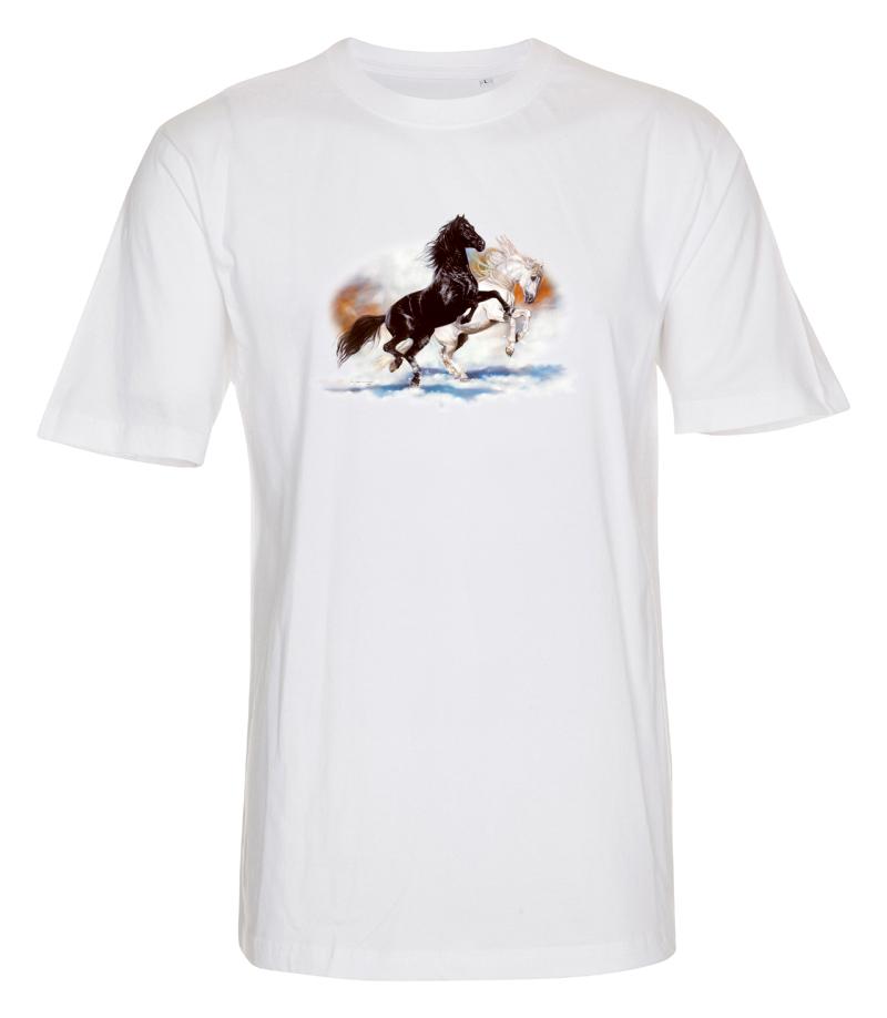 T-shirt i barnstorlek med ett Hästmotiv