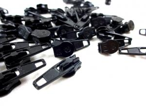 208 Zipper Slider for Continuous Zipper 208 and D201 black matte