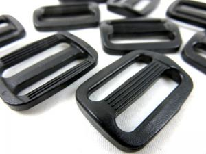 Plastic tri glide 25 mm black