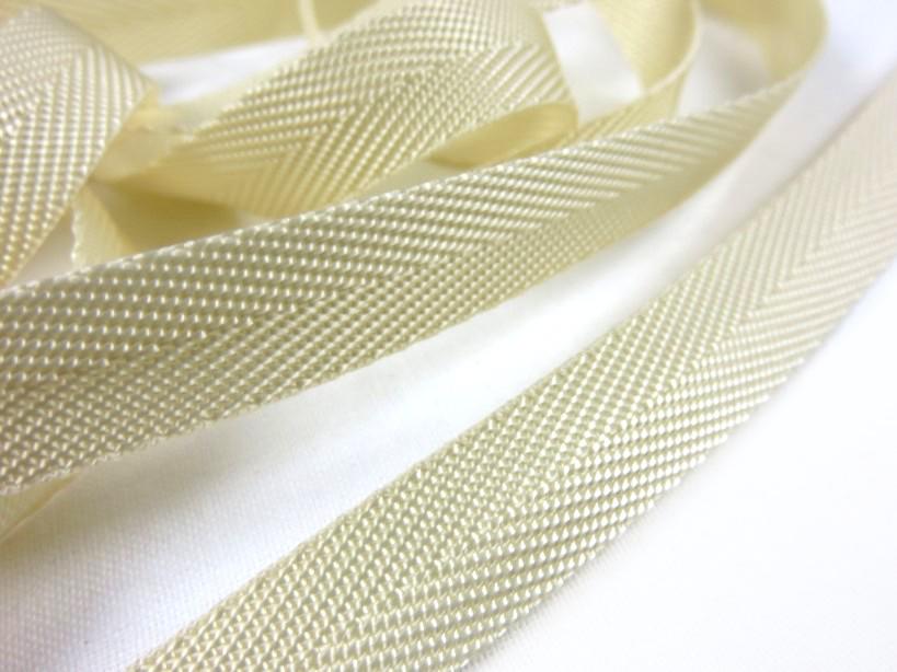 B106 Polyesterband 13 mm ljusbeige