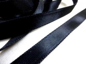 B163 Satinband 10 mm svart