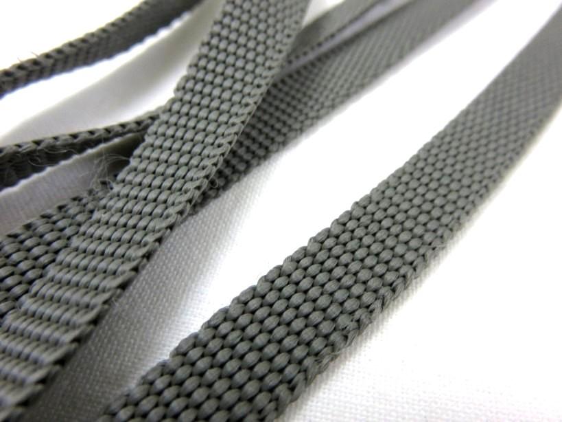 B211 Polyesterband 10 mm brungrå
