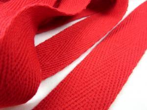 B246 Herringbone Cotton Tape 20 mm red