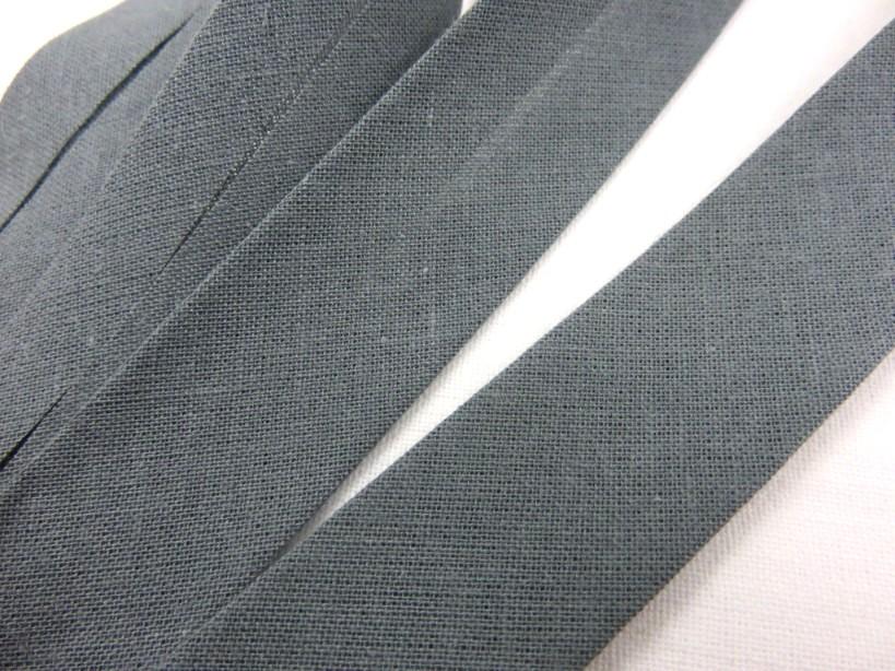 B299 Snedslå bomull 20 mm mörkgrå (20 m)