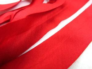 B335 Jersey Bias Binding Tape 20 mm red