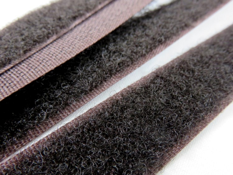 B336 Kardborrband 20 mm brun (mjuk)