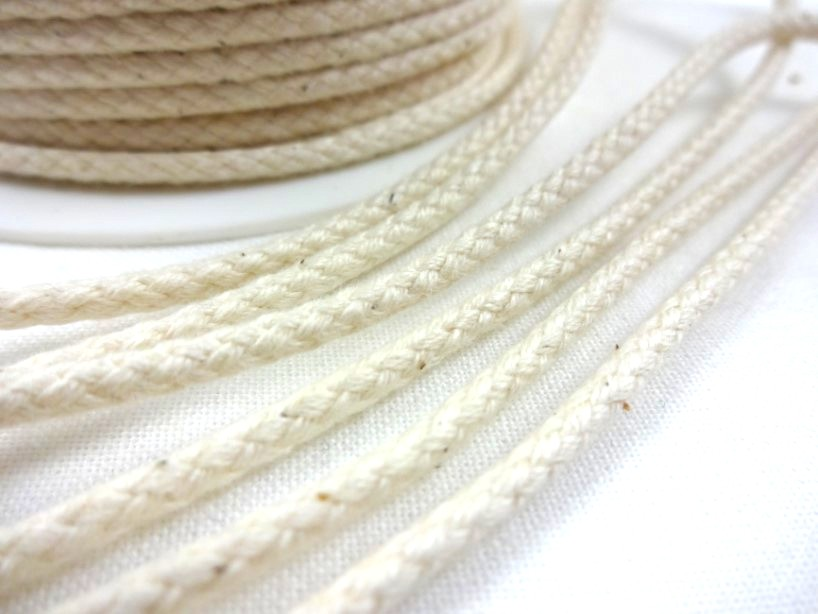 B376 Braided Cotton Cord 3,5 mm unbleached