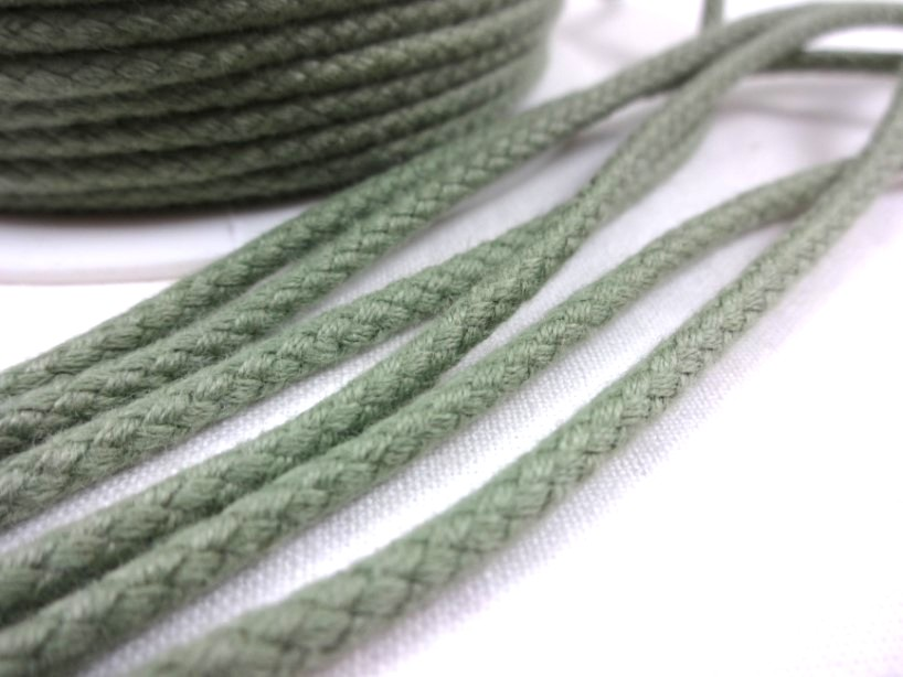 B376 Braided Cotton Cord 3,5 mm olive green