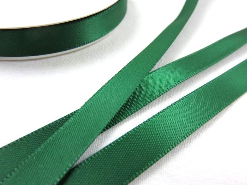 B426 Satinband 10 mm mörkgrön (10 m)