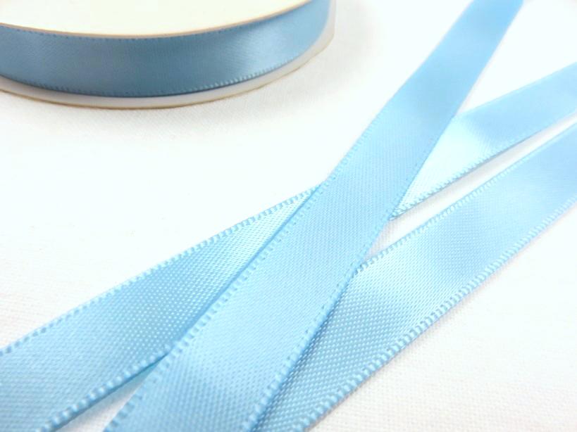 B426 Satinband 10 mm ljusblå (10 m)